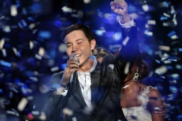 Country singer Scotty McCreery wins season 10 of American idol