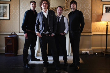 Joseph Washbourn and chart-topping band Toploader