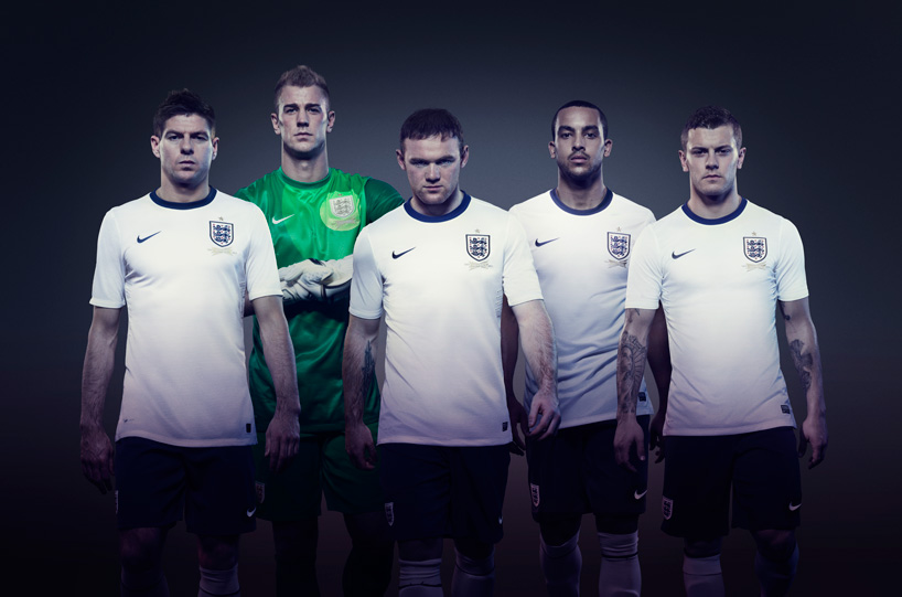 Nike 2013 England Football Kit_03
