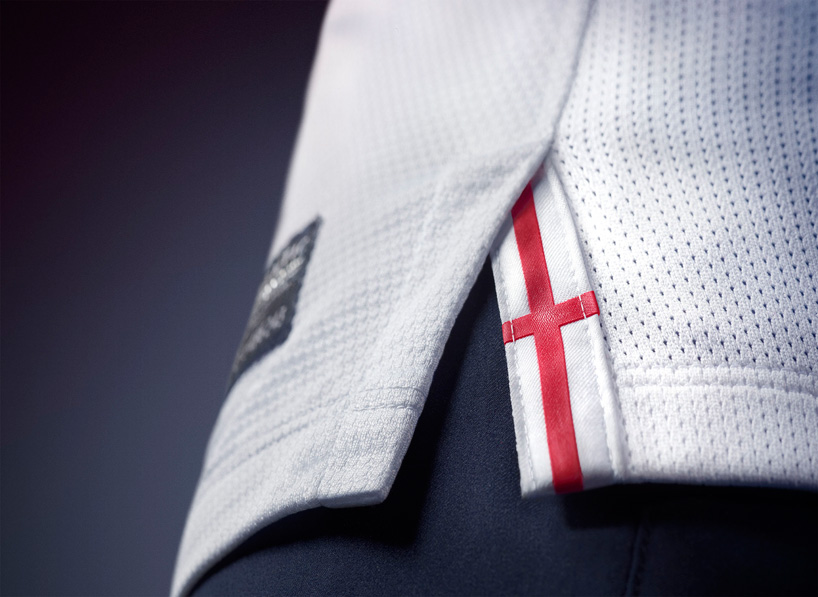 Nike 2013 England Football Kit_08