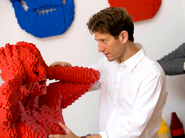 Nathan Sawaya - Art of the Brick_03