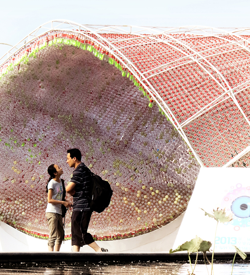 Coca-Cola Bow Pavilion - The Cola Bow_04