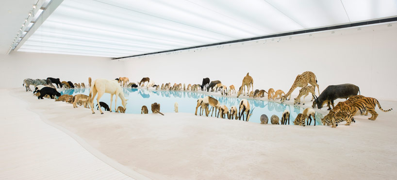 Cai Guo Qiang Falling Back To Earth_02