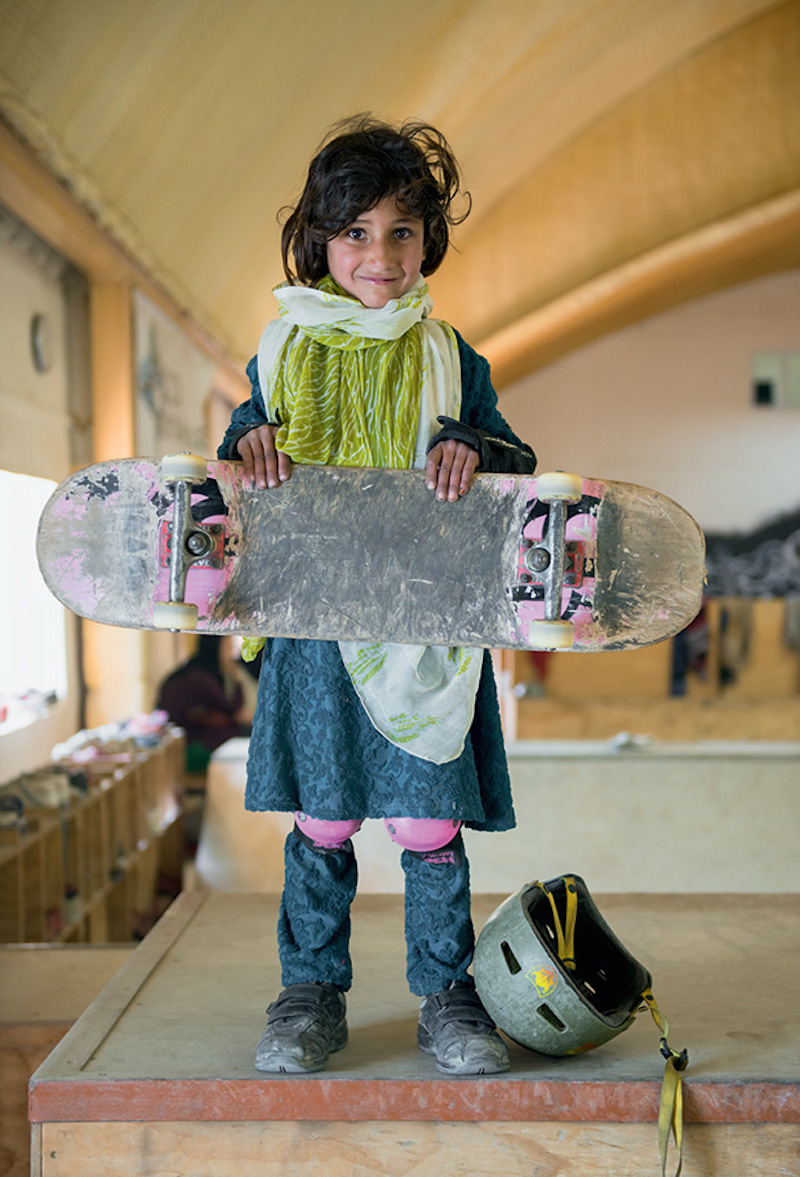 Jessica Fulford-Dobson - Skate Girls Of Kabul_02