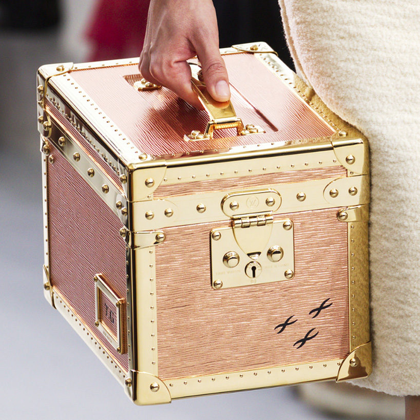 Louis Vuitton Refresh Trunk Design_Nicolas-Ghesquiere _10