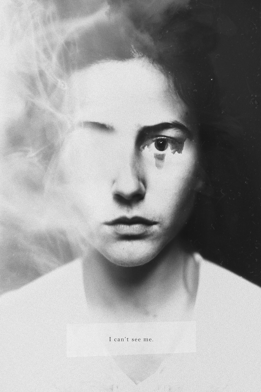 Silvia-Grav-black-and-white-photo-manipulations-11