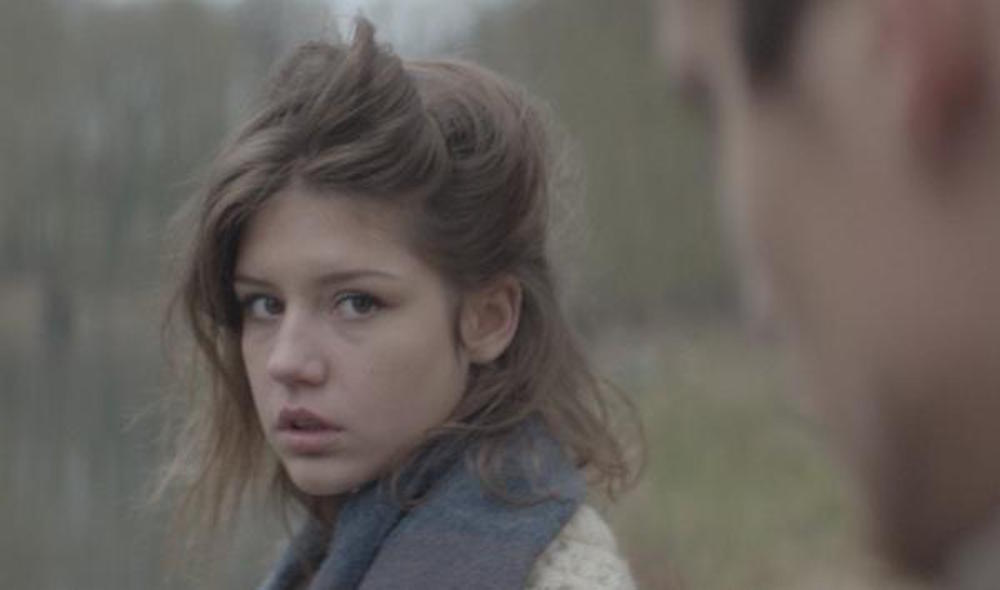TOYS - Fire - Adèle Exarchopoulos - culture and life_04