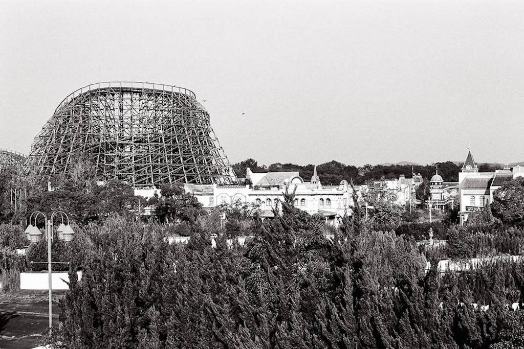 Abandoned-Nara-Dreamland-culture and life_01