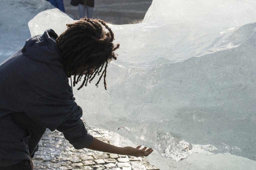Olafur-Eliasson-Ice-Watch-culture and life_05