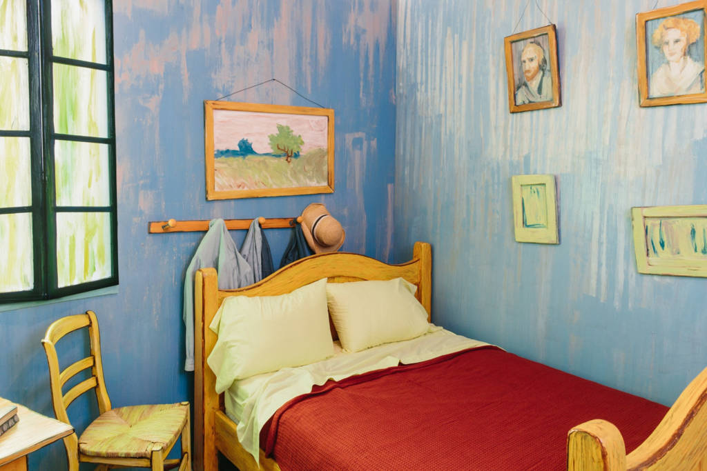 Van Gogh_The Bedroom_AirBnB_culture and life_03