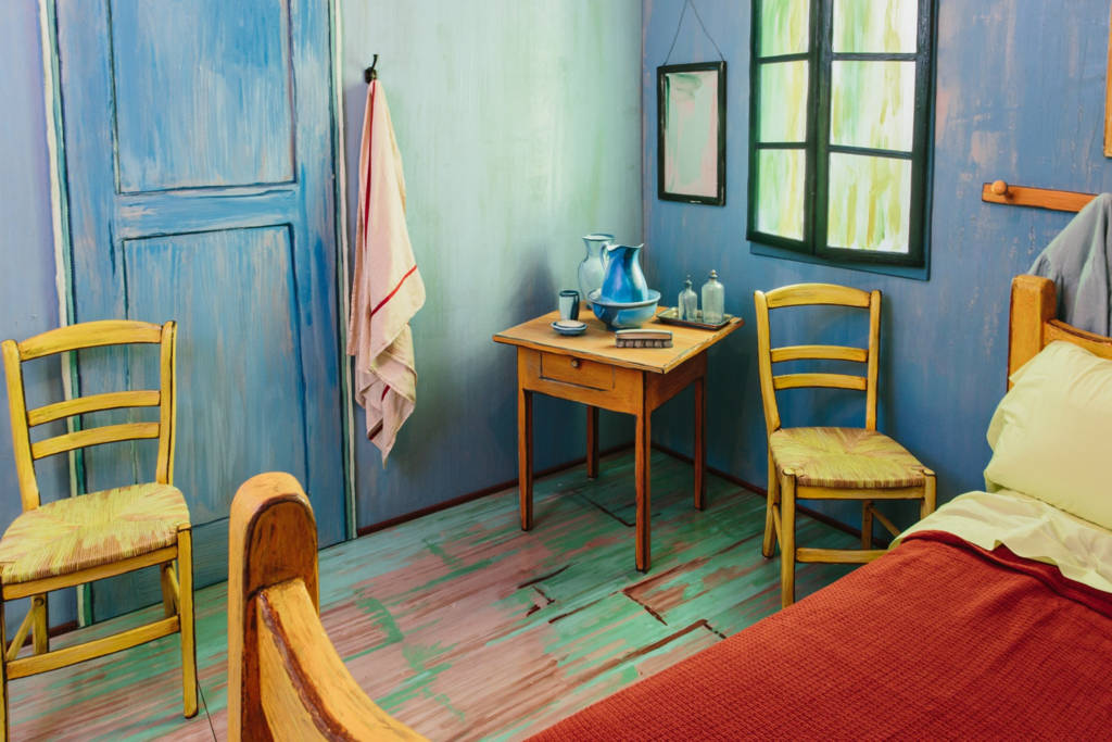 Van Gogh_The Bedroom_AirBnB_culture and life_04