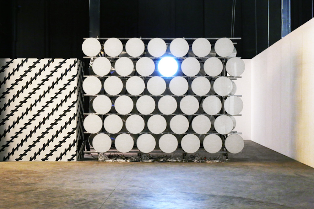 Carsten-Holler-Doubt-exhibition-phi wall II-01