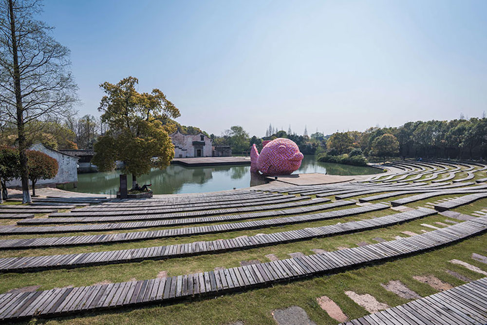 Florentijn-Hofman-Floating-Fish-Art-Wuzhen-08