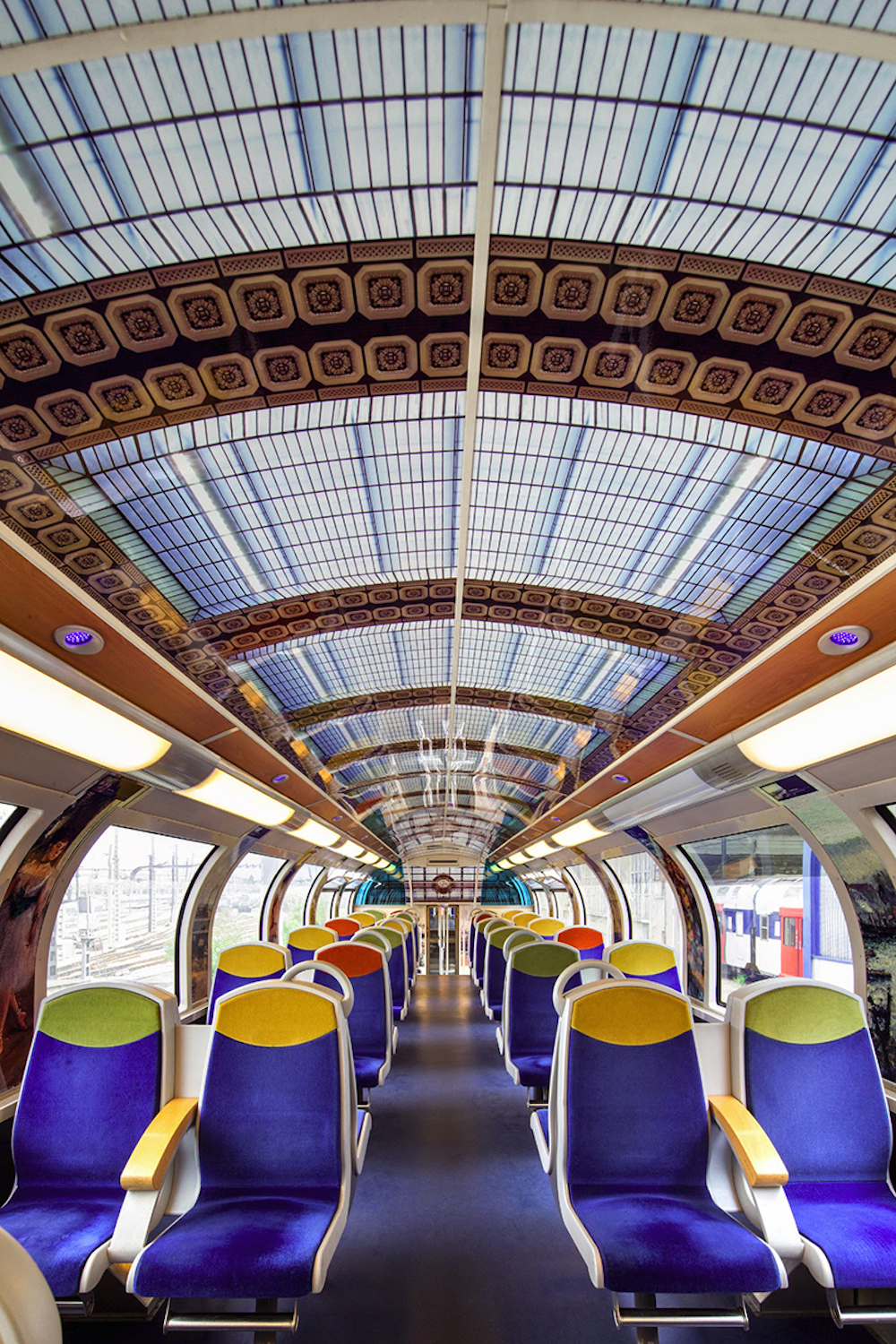 SNCF-france-impressionist-art-public-trains-04