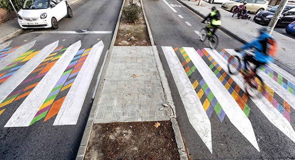 christo-guelov-colourful-pedestrian-crossings-madrid_06