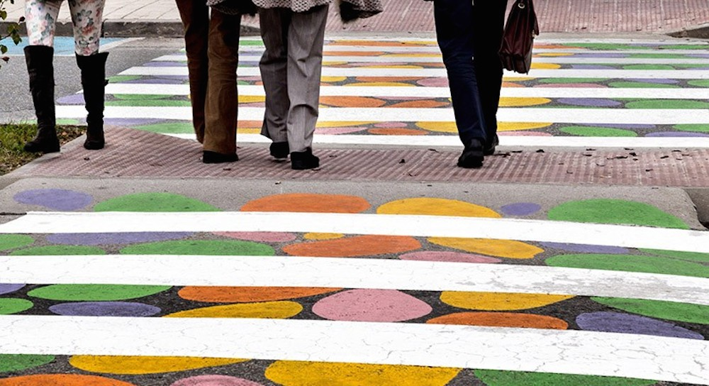 christo-guelov-colourful-pedestrian-crossings-madrid_07