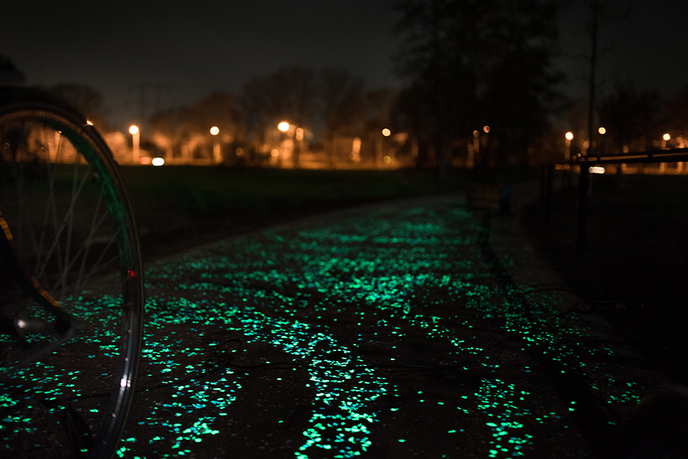 daan-roosegaarde-van-gogh-bicycle-path_06