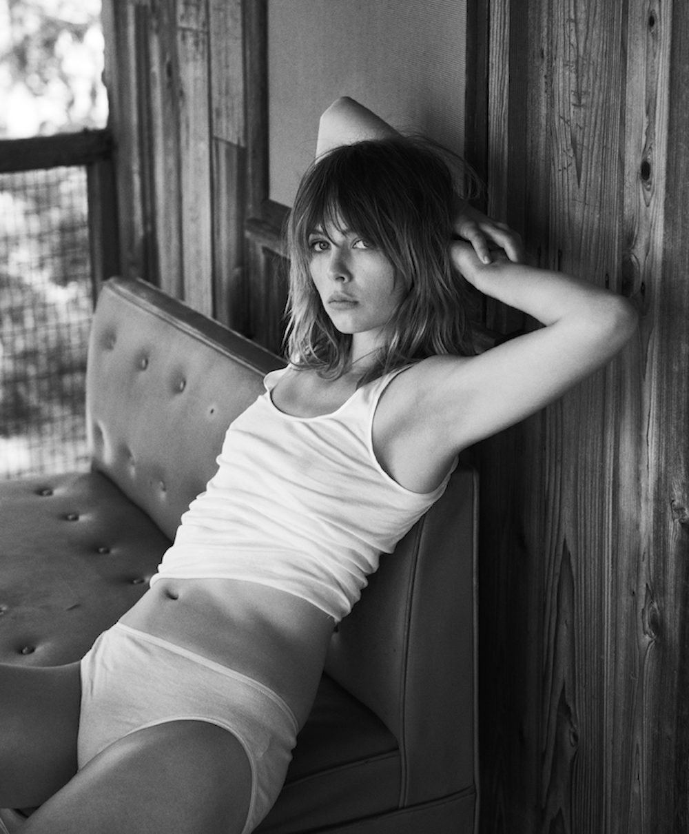 edie-campbell-by-lachlan-bailey-for-industrie-magazine_03