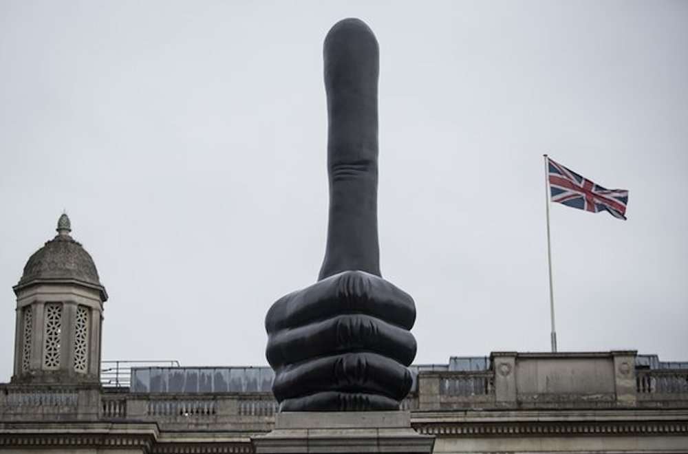 david-shrigley-really-good-fourth-plinth-london_03