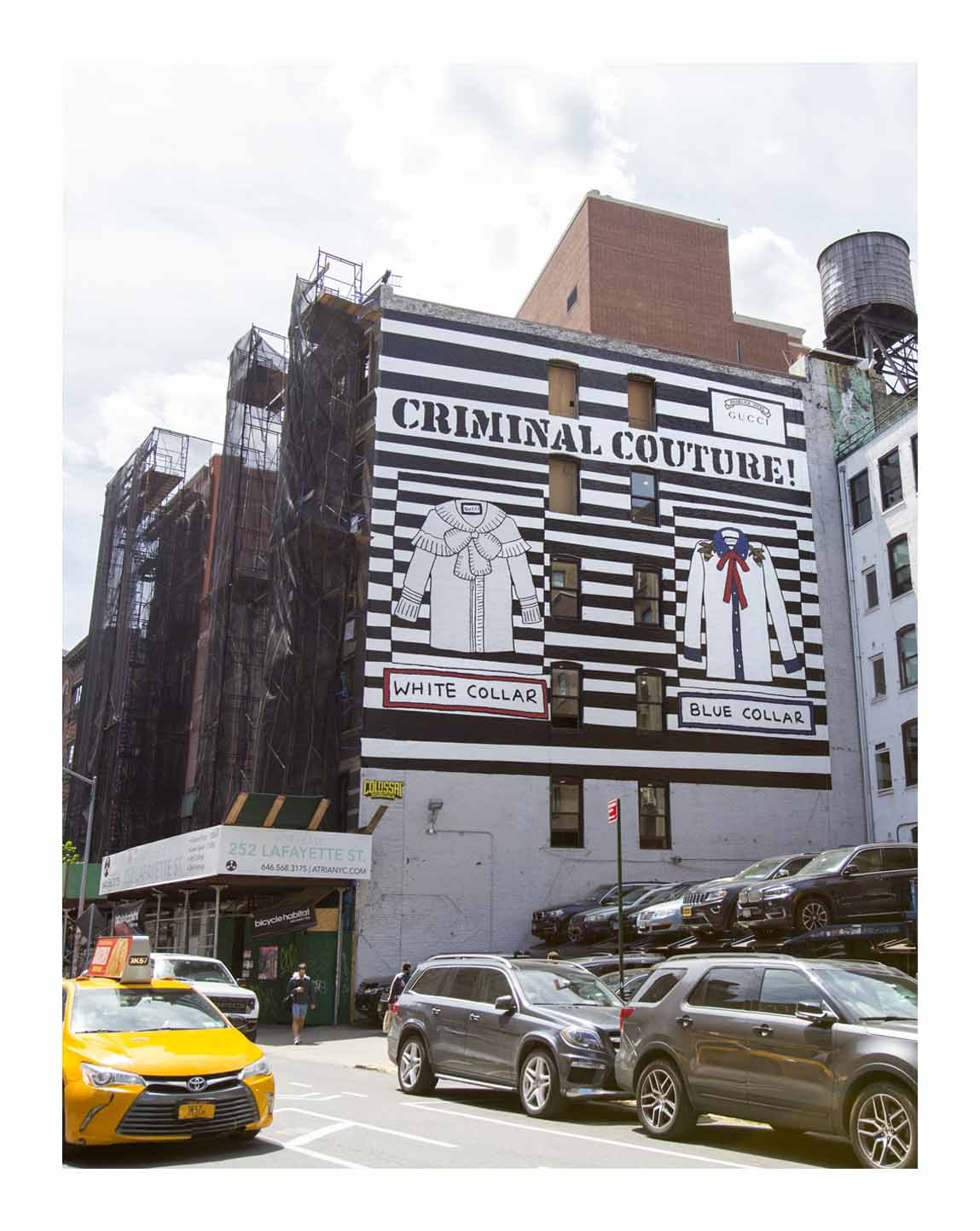 gucci reveals new mural in new york culture life. Black Bedroom Furniture Sets. Home Design Ideas